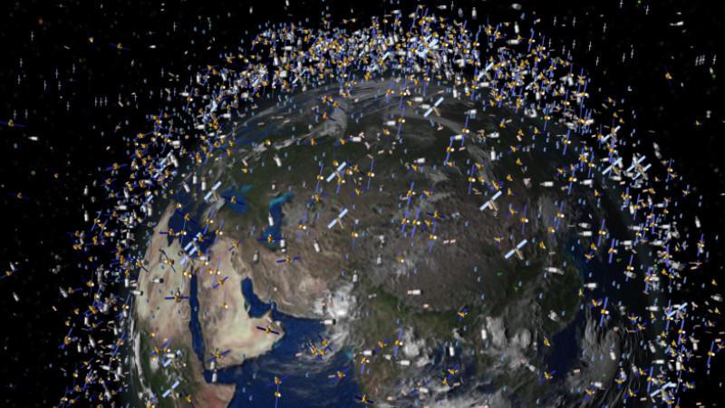 Weltraumschrott st rzt zur erde for Fruchtfliegen in erde