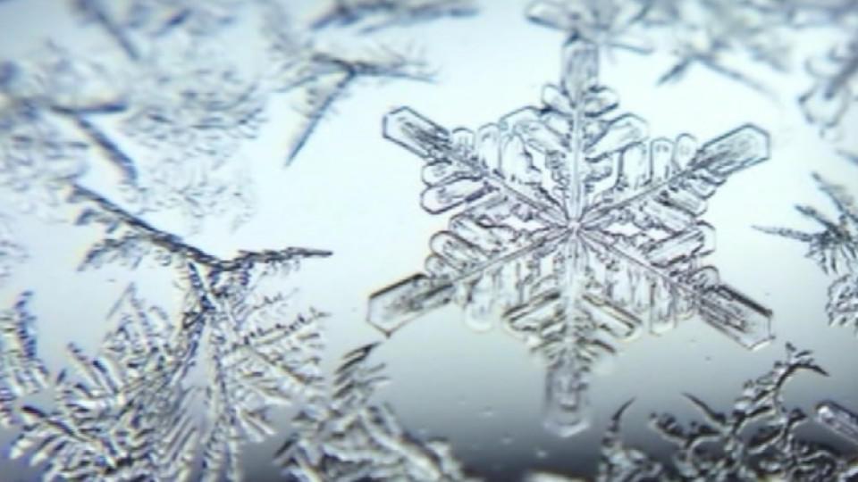 was ist schnee warum schneit es wenn es kalt ist. Black Bedroom Furniture Sets. Home Design Ideas