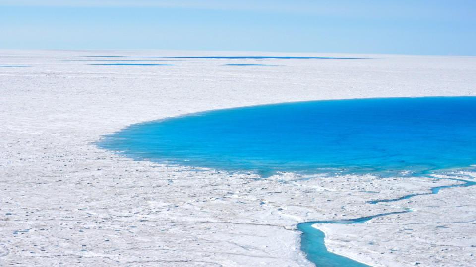 Eisschmelze auf Grönland: So früh aufgrund von Rekordwärme ...